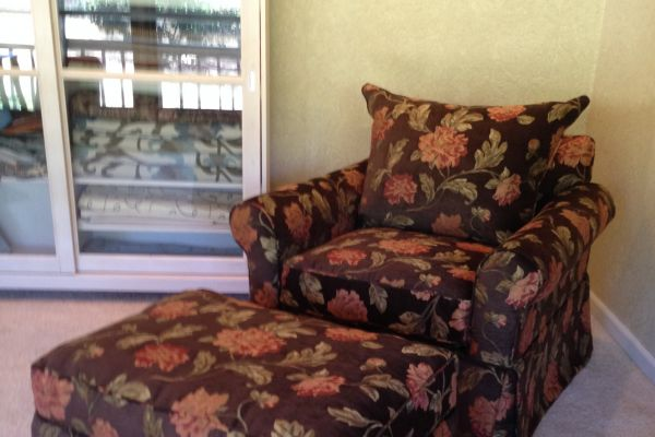 easy-chair-floral-side-view-after210C2A79-A0AB-887A-67CE-C818441B5354.jpg