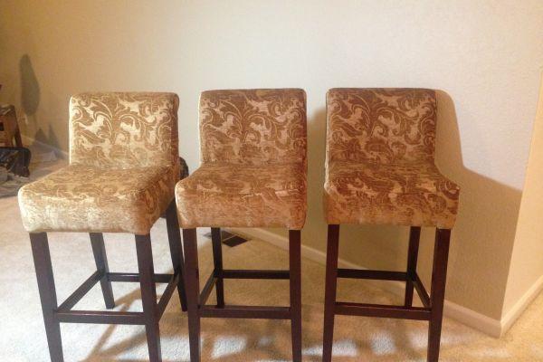 img-bar-stools-in-chenile-fabric825A111D-793E-FC30-A79A-FCF530EDF20E.jpg