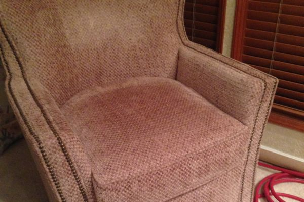 img-easy-chair-beforeF8157DDE-E186-CA72-1A5B-9E11FC64EF1C.jpg