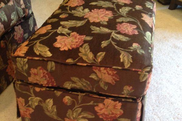 ottoman-floral-close-up-after84F46F19-75D2-1C8C-4C9D-4B47FEA24288.jpg