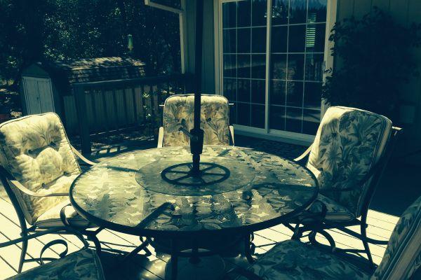 outdoor-5-cushions-after61513929-4DE6-1605-9064-5EEBE7EB1789.jpg