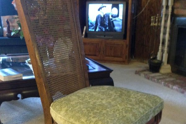 vintage-dr-chairs-after-1887D2E69-F99F-FC89-B490-9D0CCD8E51C9.jpg